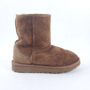 UGG Australia Girls Classic Short Winter Boots